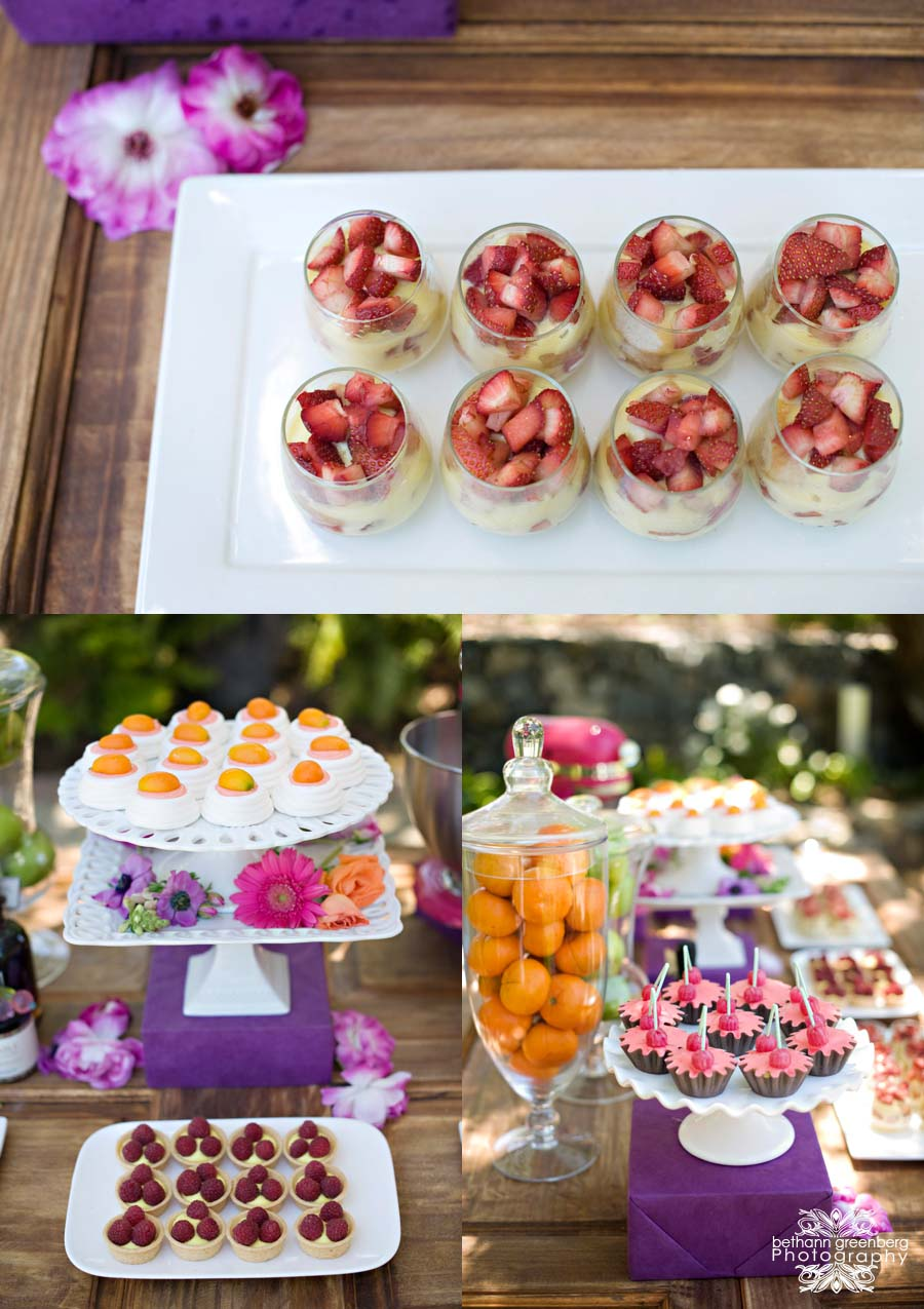 0007Bethann Greenberg Photography Rancho Santa Fe Wedding San Diego Wedding photography Venue Villa de Flores Floral Simply Elegant Florals Design & PRSara Mackenzie Creative Paper Goods Poppy Print Hair Jaime Lake Weddings Makeup Blush Makeup Artistr