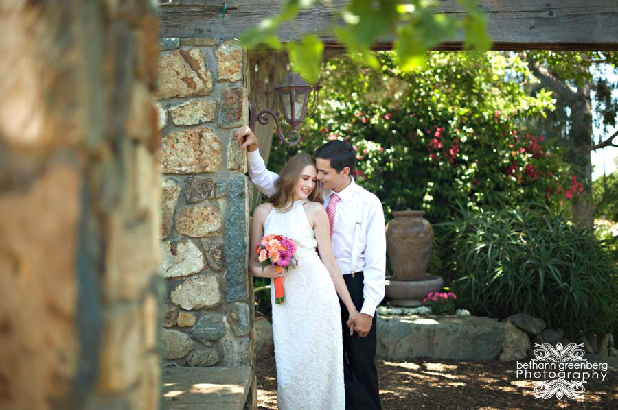 0011Bethann Greenberg Photography Rancho Santa Fe Wedding San Diego Wedding photography Venue Villa de Flores Floral Simply Elegant Florals Design & PRSara Mackenzie Creative Paper Goods Poppy Print Hair Jaime Lake Weddings Makeup Blush Makeup Artistr
